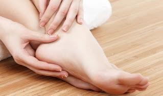 Làm sao để sở hữu đôi chân trắng trẻo mềm mại