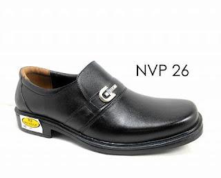 Sepatu Pantofel Pria Mojokerto Tipe Pendek
