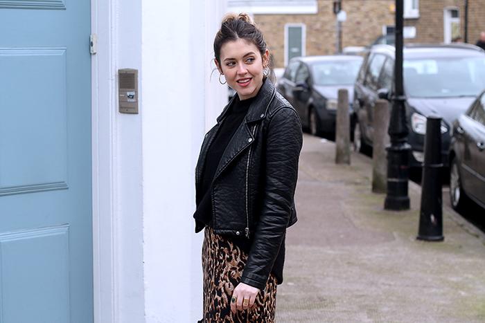 leopardo y pelo