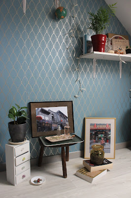 Self-Adhesive Wallpaper Finishes