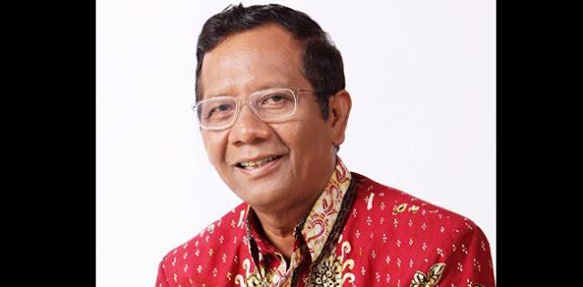 Seret Mahfud MD, Secara Politik Tidak Menguntungkan Ridwan Kamil