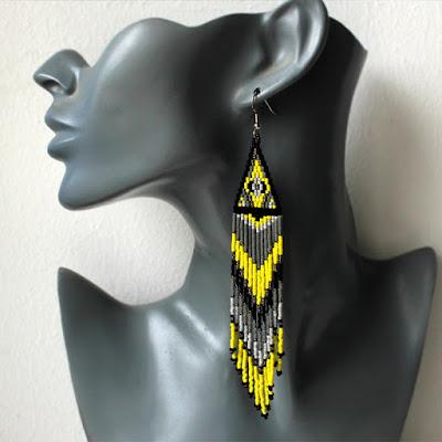 купить сережки из бисера длинные яркие украшения в этно стиле