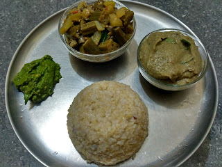 Hand pounded rice, Mashed Green gram sprouts dhaal, Ladies finger Bottle gourd curry, Cilantro chutney