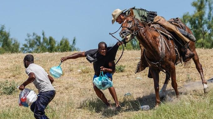 Lóhátról, ostorral terelték a haiti migránsokat Amerikában
