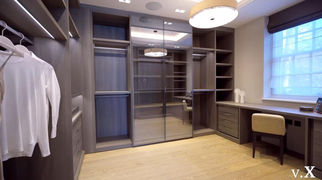 59 Interior Design Photos vs. 26 Ingram Ave, London Ultra Luxury Mansion Tour