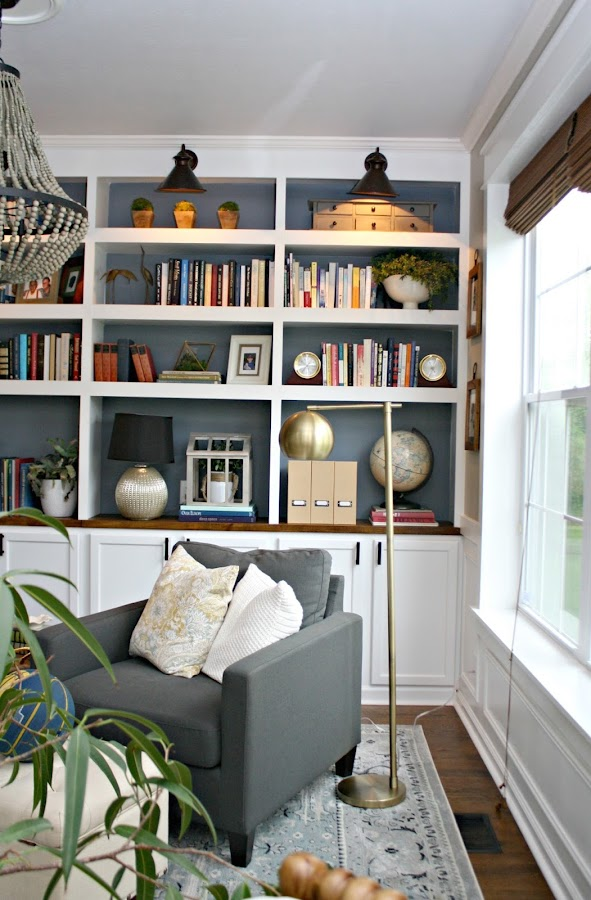 How to build bookcases with accent lights