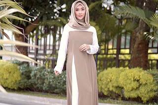 Eva Anindita Pakai Hijab