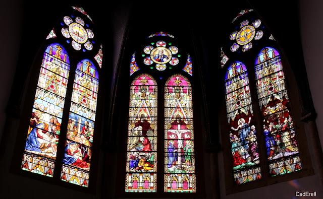 Vitraux du choeur de l'église de Garlin