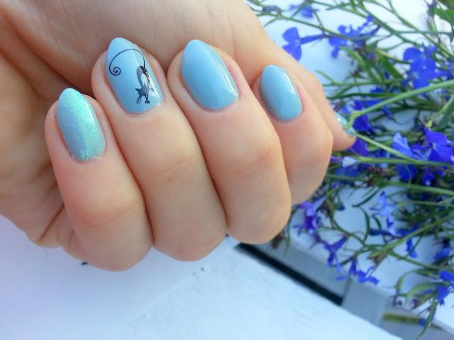 szare manicure