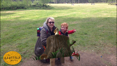 Screenshot of the app showing Mummy, son and Mouse from the Gruffalo