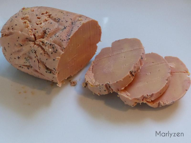 Tranchez le foie gras.