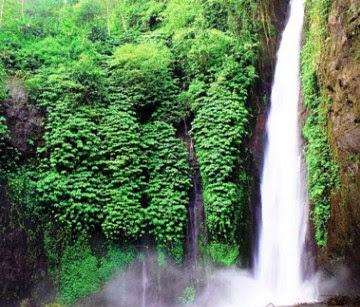 7+ Tempat Wisata Menarik di Bali yang Wajib Dikunjungi-Air Terjun Munduk Bali