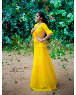 Anchor Rashmi Gautam New Stunning Photoshoot Gallery