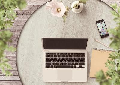 Kartu Nama, Benda Kecil Tapi Penting Untuk Blogger