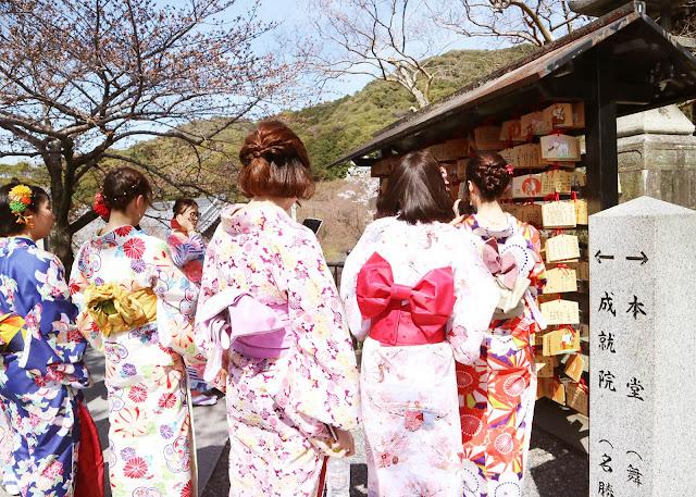 kiyomizu dera entrance fee