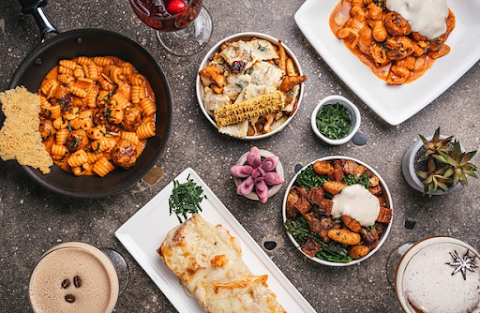 Variety of Pasta Sauces Served At Pasta Restaurants in LA
