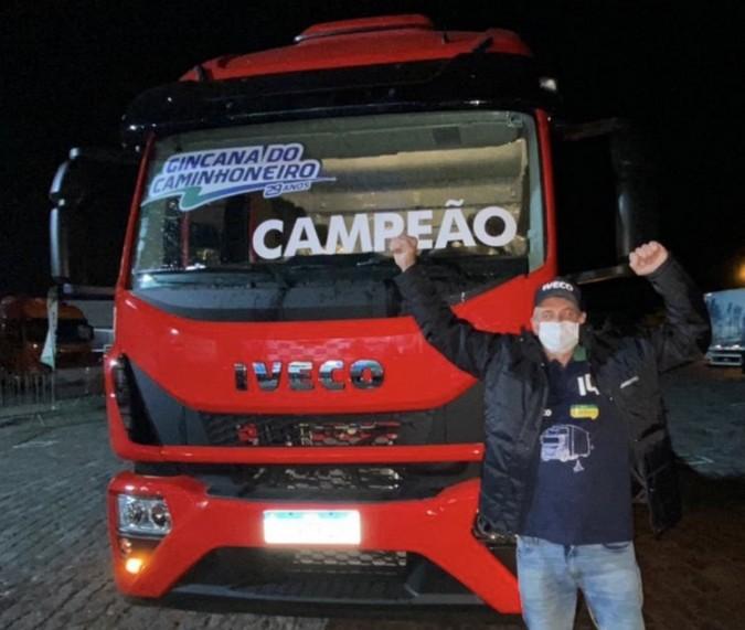 Paranaense fatura IVECO Tector zero km na final da 29ª Gincana do Caminhoneiro