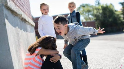If in your class there are friends who like to insult or even hurt your other classmates, it means that in your class there has been something called bullying.