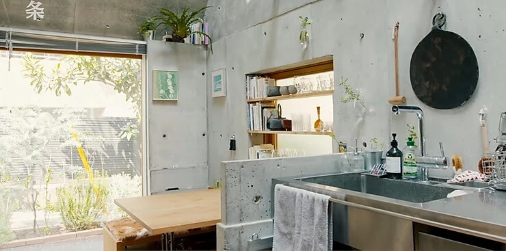 07-Kitchen-Takeshi-Hosaka-Tiny-Home-in-Japan-www-designstack-co