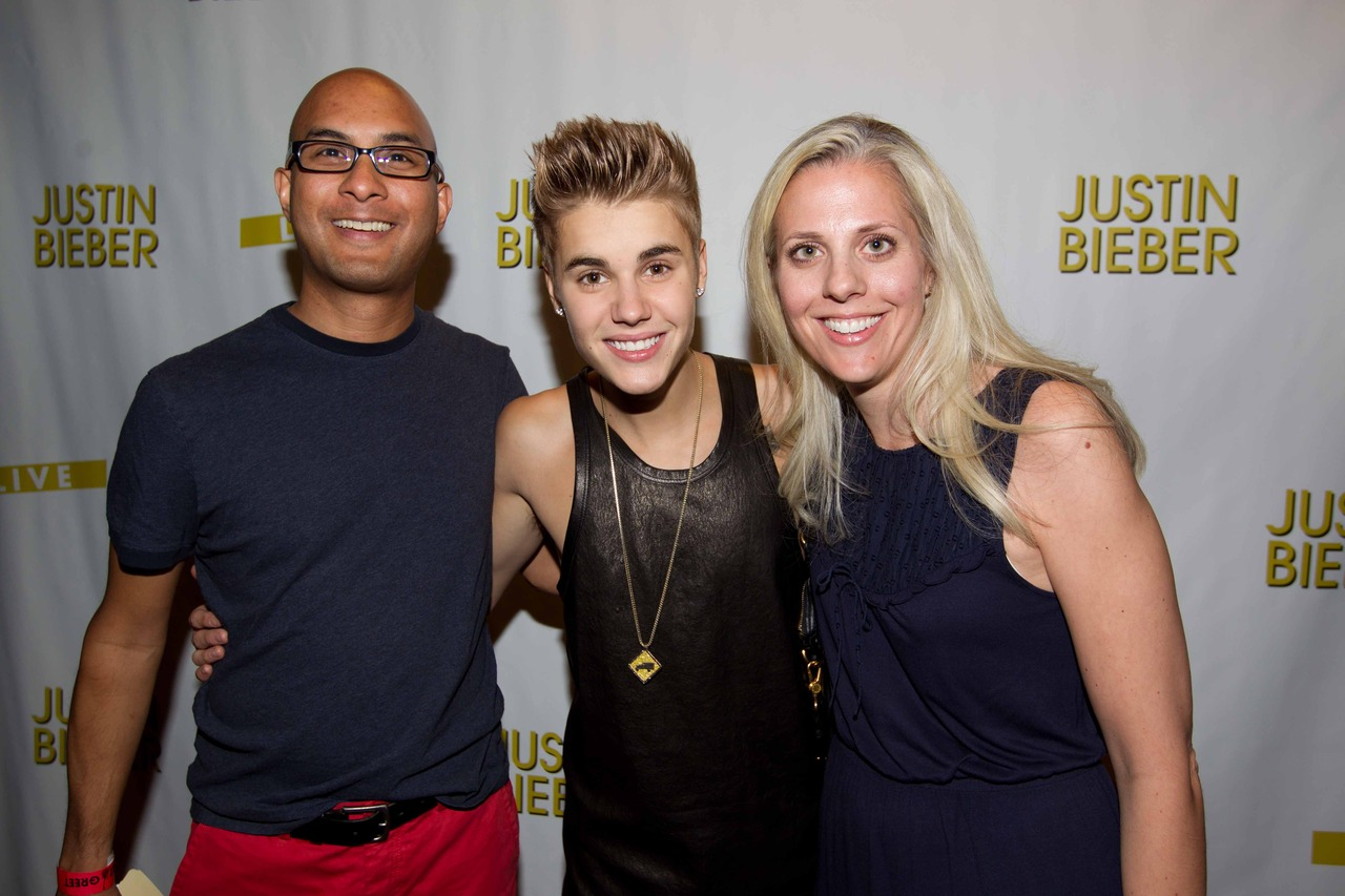 justin bieber meet and greet photos 2012