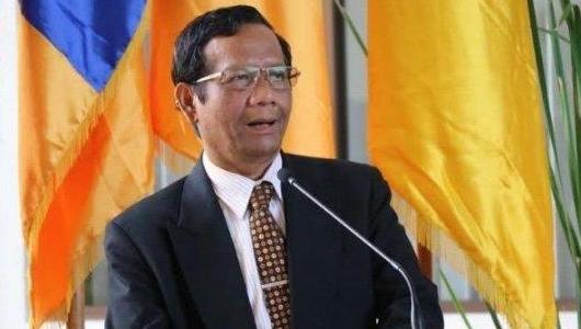 Keponakannya Jadi Saksi Prabowo di MK, Mahfud Md: Kesaksiannya Mentah