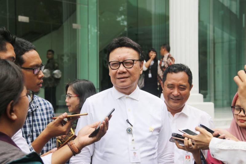 Menteri Tjahjo Sebut Tenaga Honorer Cuma Jadi `Beban` Pemerintah Pusat