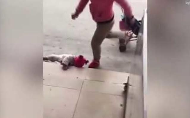 Китаянка избила годовалую дочь ногами за громкий плач