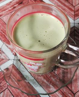 Allure Green Tea Latte Kombinasi Menarik Teh Hijau dan Krim Susu