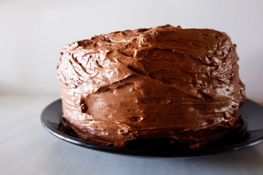 finished frosted chocolate mascarpone cake
