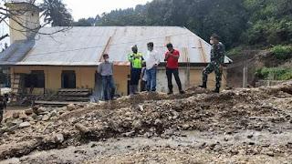 Bupati Simalungun Tinjau Banjir di Kecamatan Girsang Sipangan Bolon