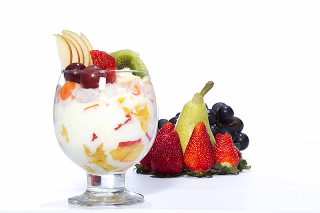 How to Make Fruit Cream with Curd