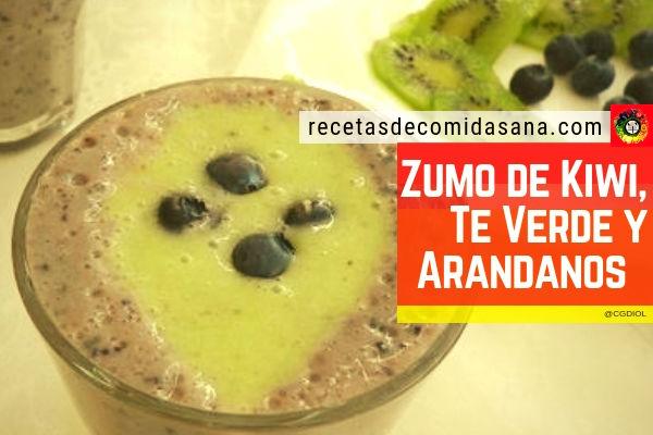 Receta de zumo antioxidante con kiwi, antioxidante con te verde y arándanos