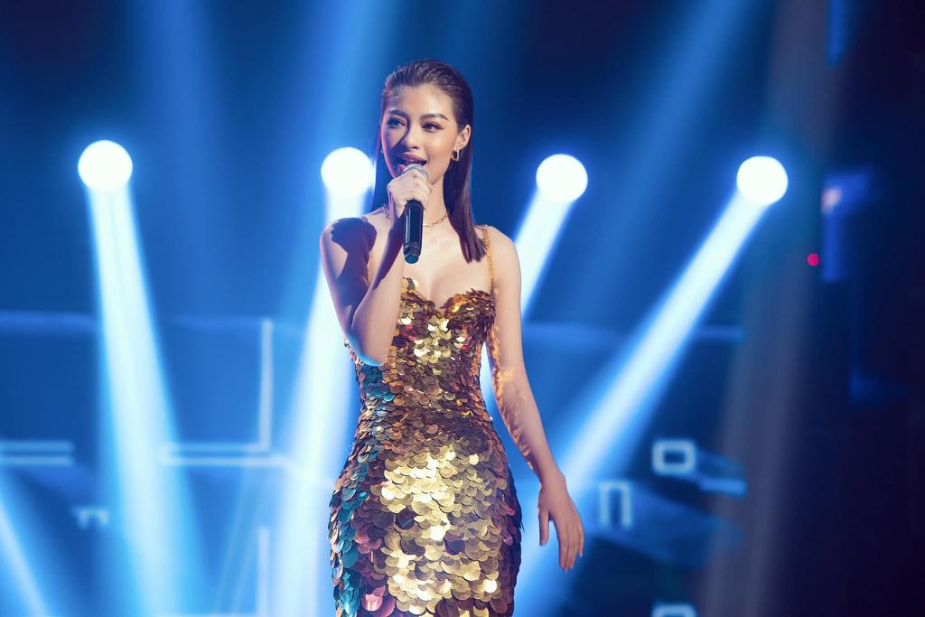 Lý do Á hậu Kiều Loan thường mặc váy dạ hội thi rap
