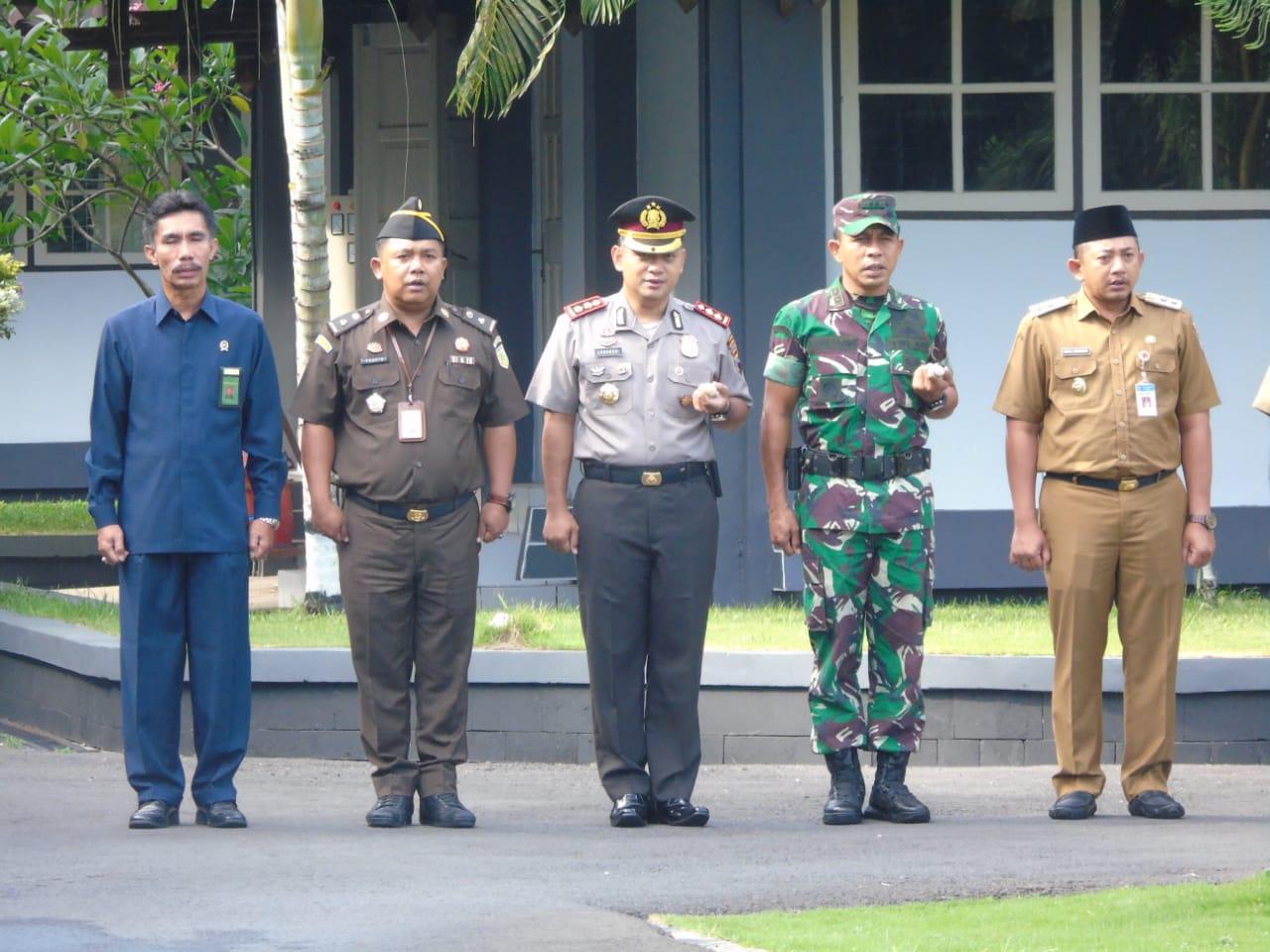 KodimKaranganyar – Upacara Hari Anti Korupsi Sedunia Kabupaten Karanganyar