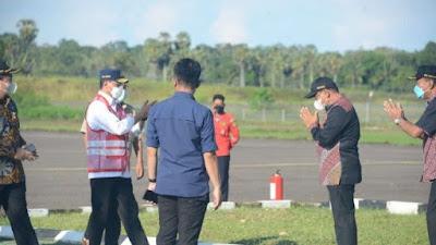 Mendarat Mulus di Bandara Arung Palakka, Menhub Tiba di Bone Pakai King Air