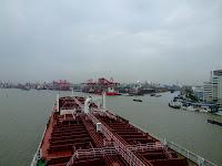 Resultado de imagem para porto em shanghai