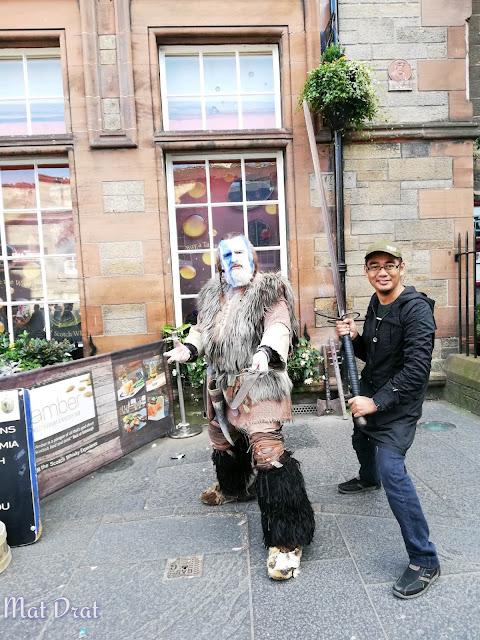 Edinburgh Castle dan Edinburgh Old Town William Wallace