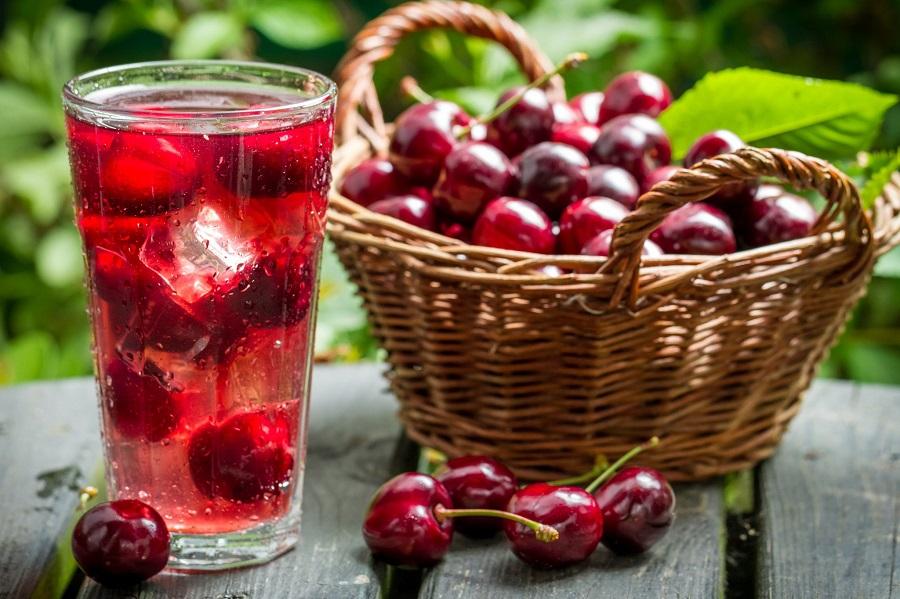 10 Benefícios do suco de cereja ácida para a saúde