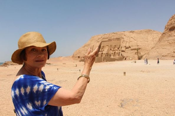 """Masha Merel visits the Abu Simbel temple .. The French artist: """"My dream has come true"""""""