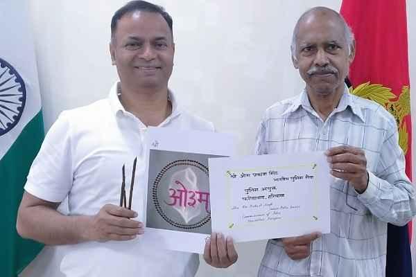 faridabad-cp-op-singh-praised-senior-citizen