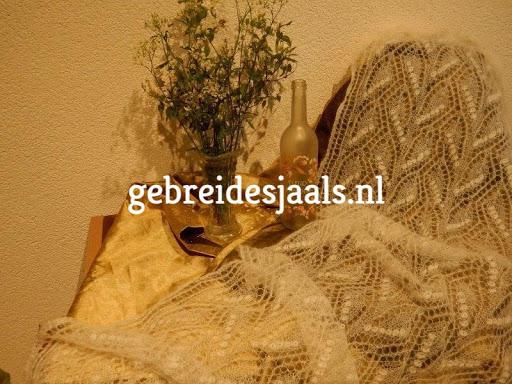 Kijk ook eens op gebreidesjaals.nl