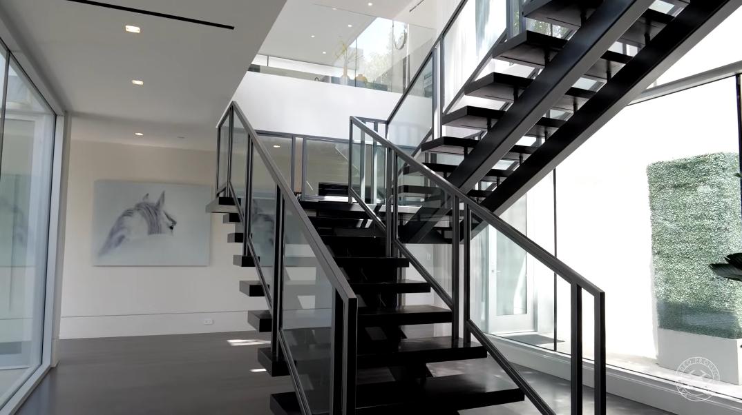 37 Interior Photos vs. 1620 Carla Ridge, Beverly Hills, CA Ultra Luxury Modern Mansion Tour