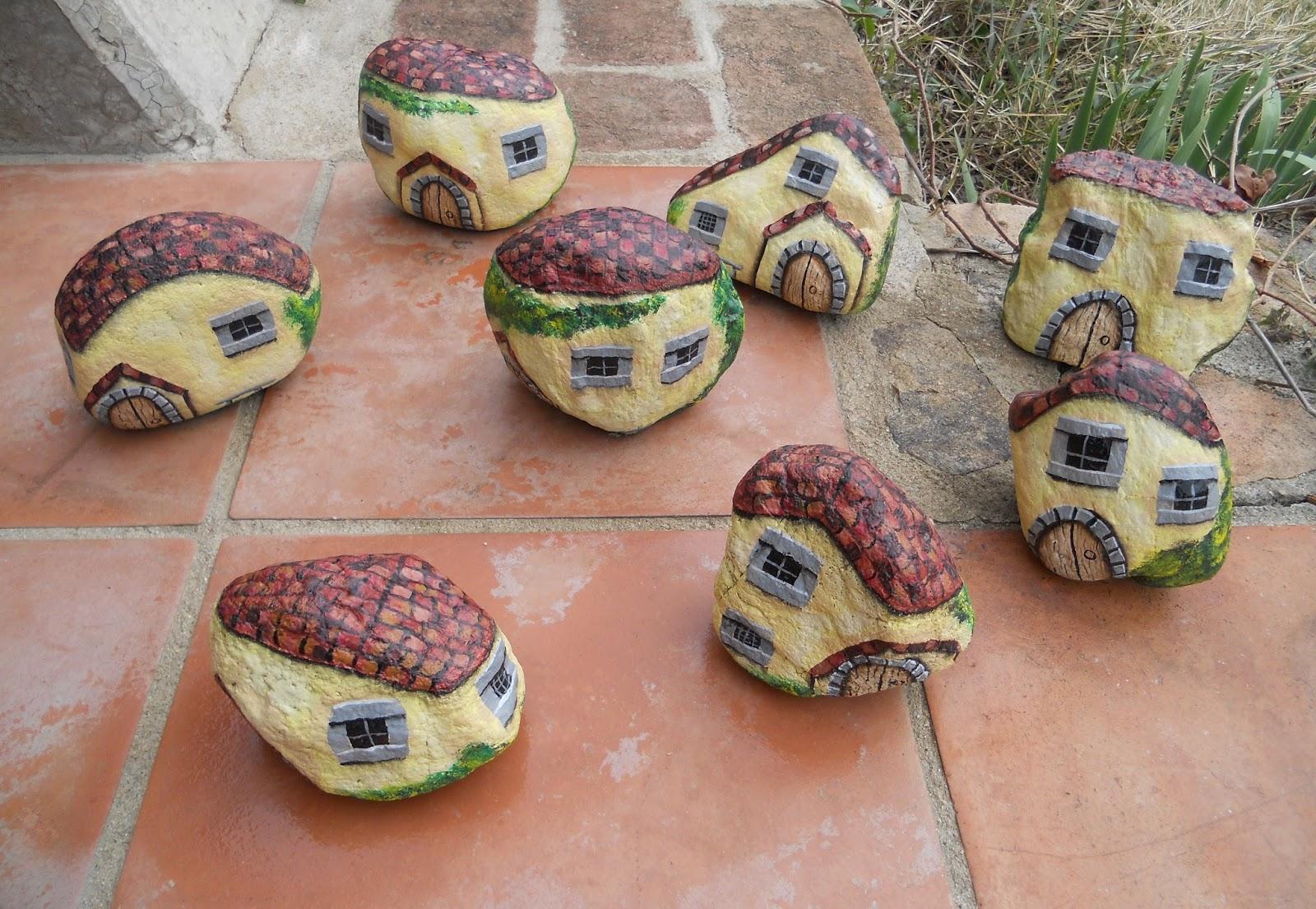 Piedras pintadas a mano piedras pintadas a mano casas for Piedras pintadas a mano paso a paso