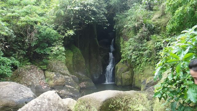Talay falls Luisiana Laguna