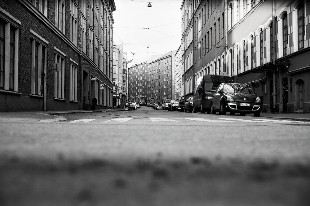 Visualaddict, valokuvaus, valokuvaaminen, valokuvaaja, Frida Steiner, Telakkaranta, Helsinki, vanha rakennus, punatiili, tiilirakennus, Konepaja, tie