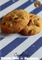 http://goulucieusement.blogspot.fr/2014/05/cookies-chocolat-blanc-macadamia-comme.html