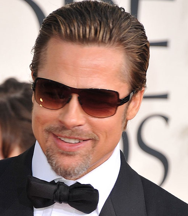 27 Handsome Brad Pitts Hairstyles  Hairstylo