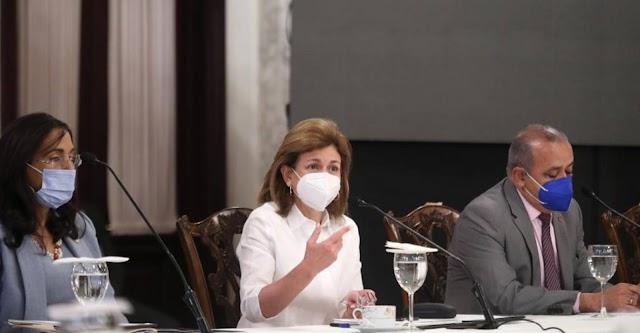 EN VIVO: Gabinete Salud Toque de queda será 5:00 pm hasta 5:00 am desde enero