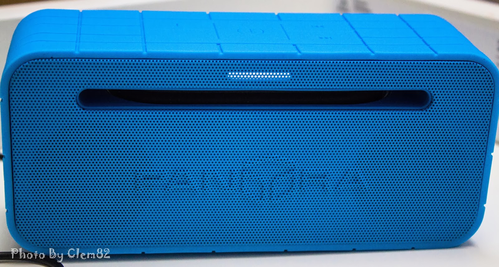 Opening Pandora's Box: SonicGear Pandora Wireless Bluetooth Media Player Series 16