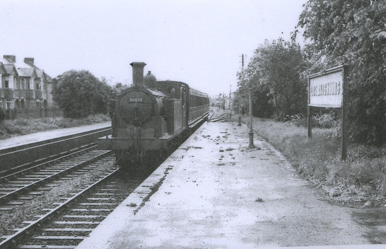 Passenger Train at Brockhurst